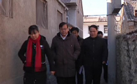 宽城县委副书记张成到龙须门镇走访慰问及新春的祝福。